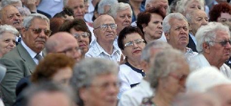 Oficialii italieni sustin ca pensionarii romani sunt  foarte valorosi